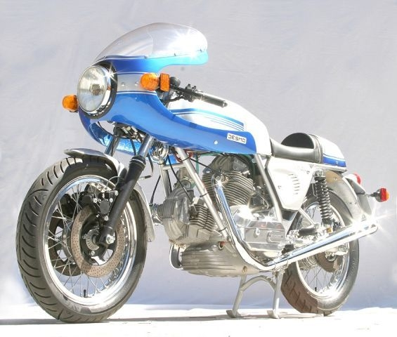 1976_900ss_p4